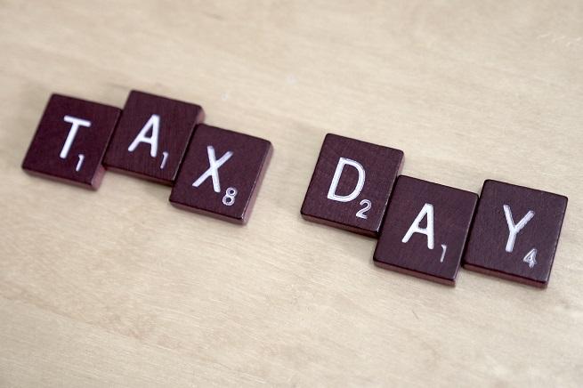 20141216-Tax Day-655x436