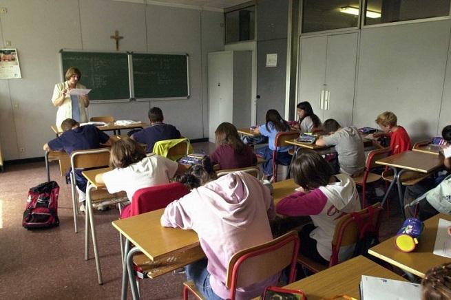 20150112-scuola-aula-655x436