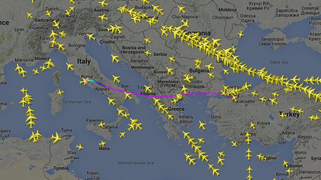 Ecco il tragitto compiuto dal Dassault Falcon 900 dei Servizi di Informazione e Sicurezza, dalla Turchia all'Italia, per riportare in Italia le due ragazze pseudo-cooperanti