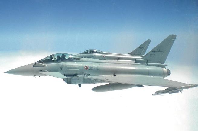 Aereo Da Caccia Russo : Caccia eurofighter dell aeronautica militare intercettano