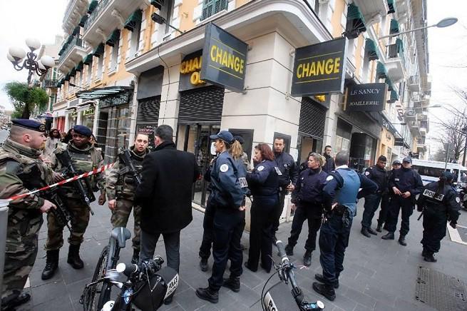 Il luogo dell'aggressione (foto Philippe Bertini/ Nice Matin)