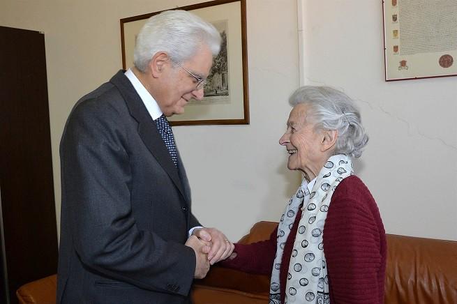 Il presidente Mattarella incontra privatamente la signora Miesi de Januario Bachelet (Foto Quirinale)