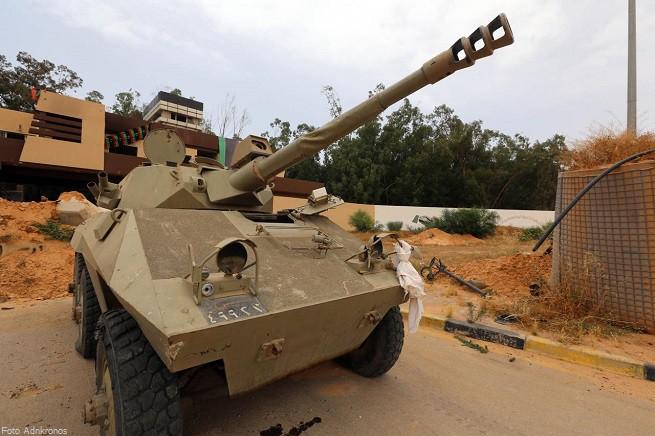 20150223-libia_carri_armati-655x436