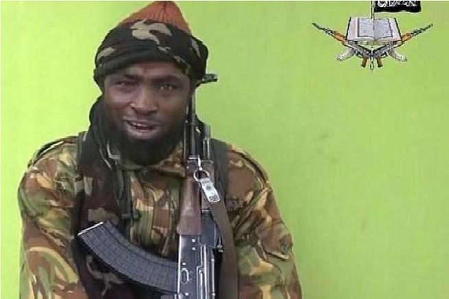 """Abubakar Shekau, leader del gruppo jihadista Boko Haram, che significa letteralmente """"l'istruzione occidentale è proibita"""""""