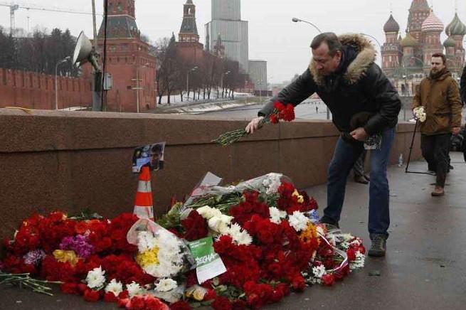 20150307-reazione-russi-assassinio-nemtsov-655x436
