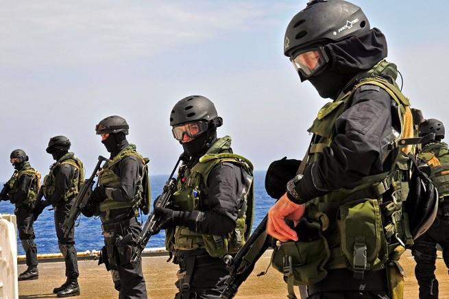 """Operatori del X Comsubim-Raggruppamento subacquei e incursori """"Teseo Tesei"""""""