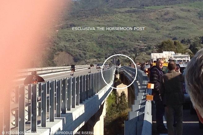Traffico interrotto sull 39 autostrada a19 palermo catania for Ponte del secondo piano
