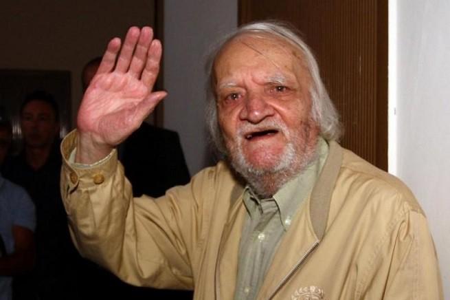 Bruno Contrada nel 2012, quando la sua pena fu dichiarata estinta. Oggi la Corte di Strasburgo ha stabilito che quella pena fu illegittimamente irrogata (Credit foto: Dagospia)