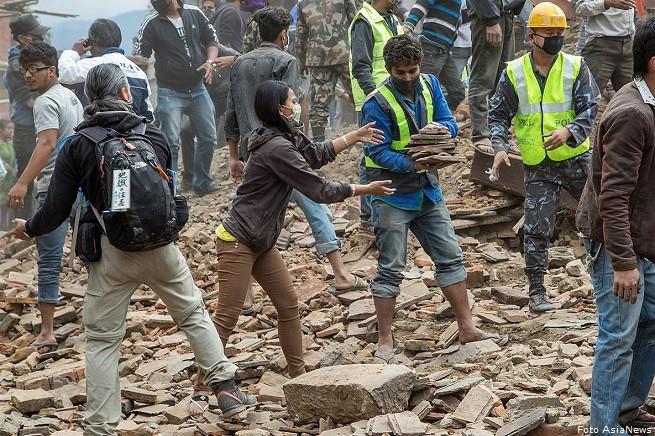 20150427-NEPAL-AIUTI-AN-655x436