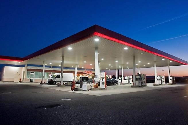20150505-benzinaio_autostrad-655x436a