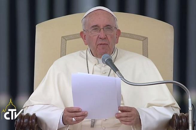 20150506-papa-udienza-generale-2-655x436