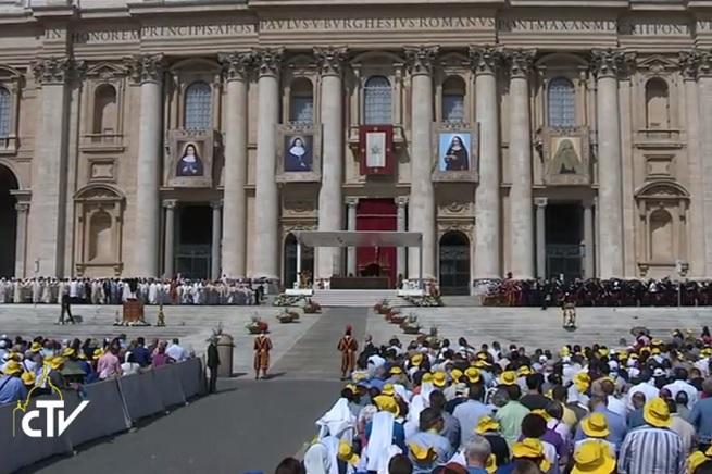 20150517-papa-canonizzazione