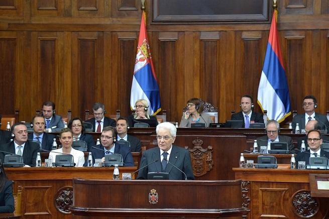 20150525-sergio-mattarella-discorso-ass-naz-serbia-655x436