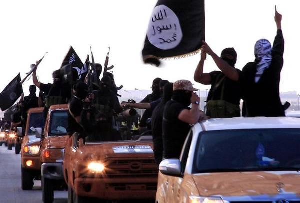 Un fotogramma del video di minacce dei miliziani del sedicente Stato Islamico
