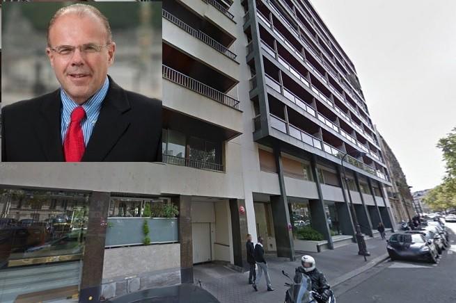 Charles Lüthi (foto dal profilo su LinkedIn), direttore e segretario generale dell'Automobile Club de France, si è lanciato dall'ottavo piano di questo palazzo, sito in boulevard Flandrin (foto da Google Map). La moglie è stata trovata priva di vita in casa