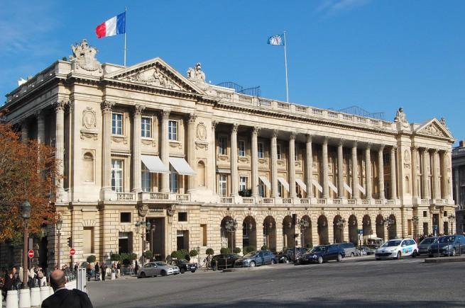 Hotel Crillon, l'antico palazzo che si affaccia su place de la Concorde, storica sede della FIA e dell'ACF