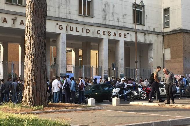 20150617-liceo-giulio-cesae-roma-655x436