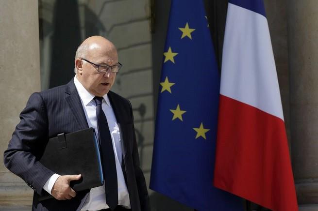 Il ministro delle Finanze francese Michel Sapin.  REUTERS/Philippe Wojazer