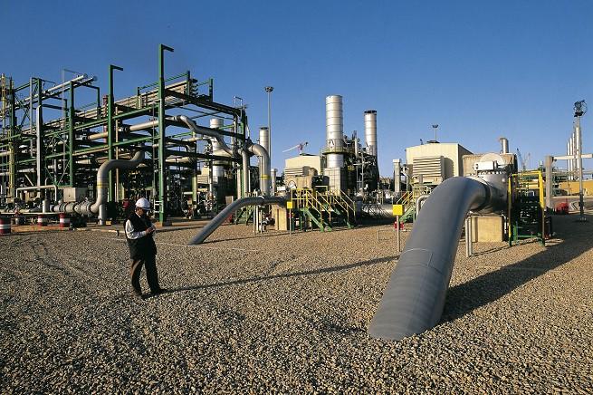 L'impianto di compressione di Mellitah (foto Lanaro/Magliocca per Eni)