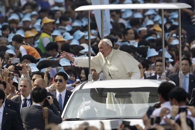 20150919-visita-papa-sud-corea-655x436