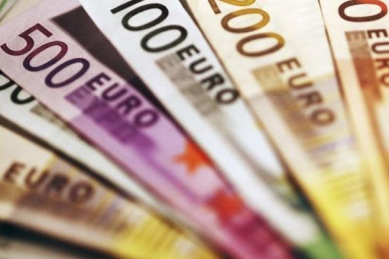 20151018-uso-contanti-cash-800x533