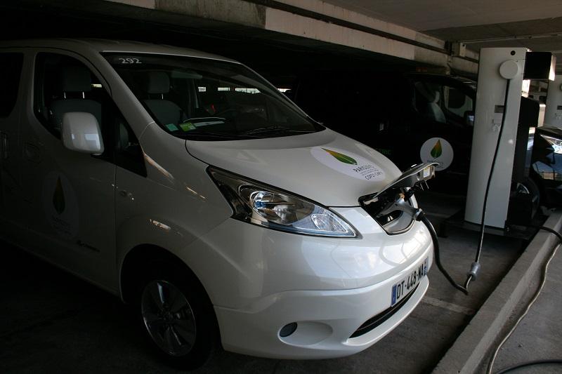 20151119-renault-nissan-cop21-Nissan_e-NV200-800x533