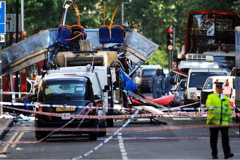 Immagini dell'attacco di Londra del 7 Luglio 2005