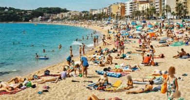 Isis ordina l'attacco di strutture turistiche, il sequestro e la decapitazione di spagnoli