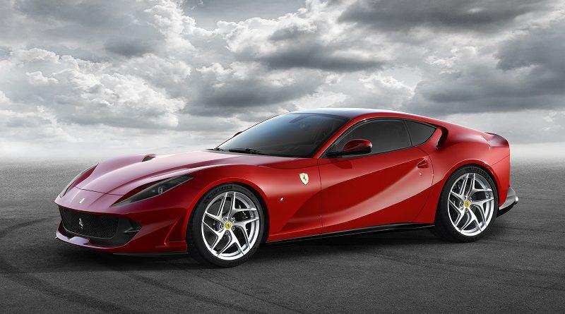 La Ferrari corre verso Ginevra 2017 con la 812 Superfast, la più potente vettura di serie sul mercato